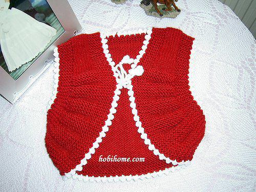 4a236fb0436f Knitted Boys and Girls Baby Sweater
