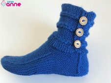 Women's booties shoes pattern free with two skewers