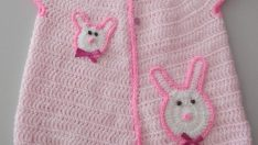 Baby vest pattern with bunny