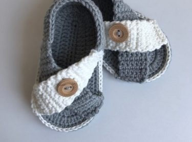 Diagonal Baby Booties Pattern for Free