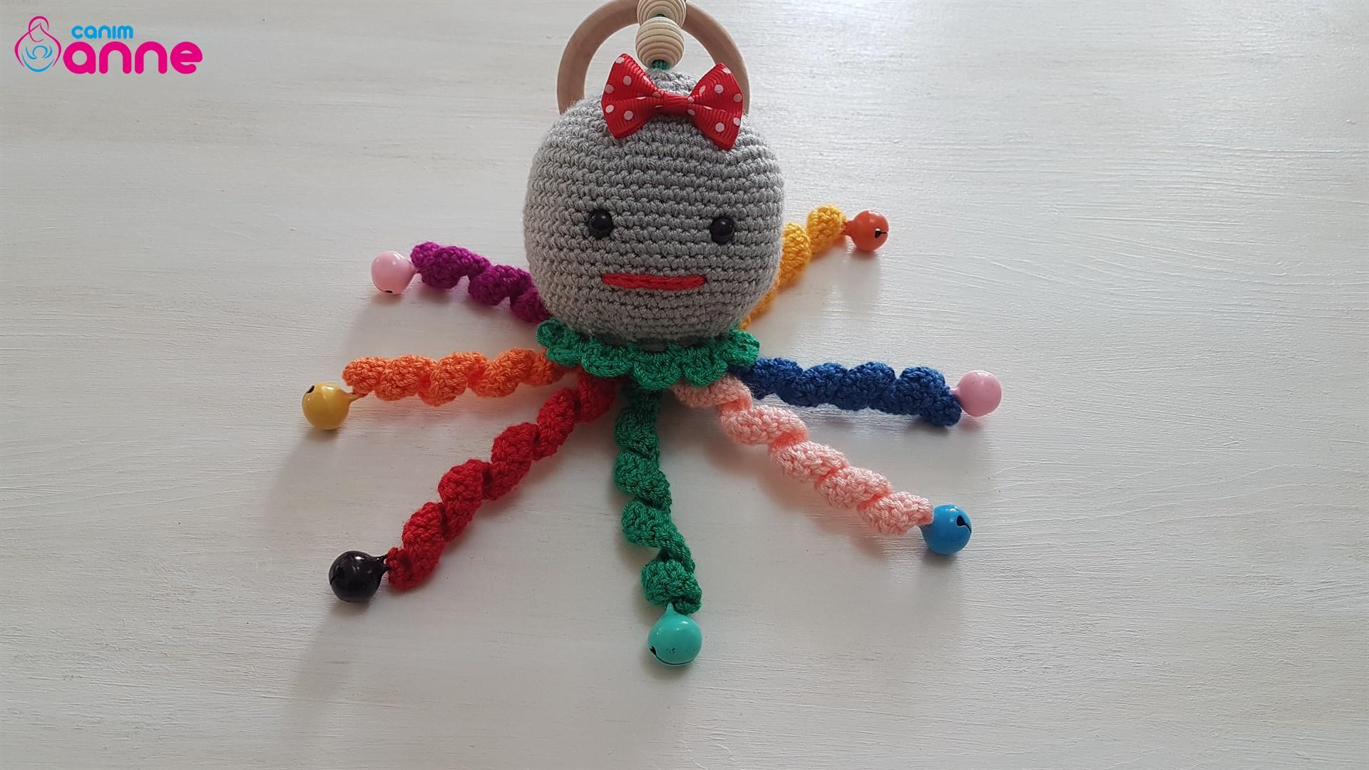 Amigurumi Octopus Baby Toy Free Pattern - thefriendlyredfox.com | 1080x1920