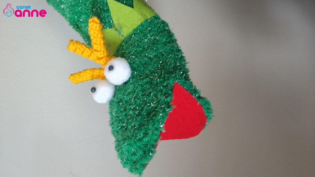 Socks from Frog Hand Puppet DIY